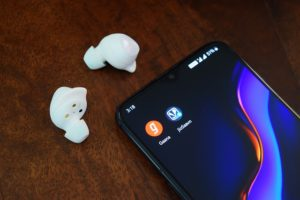 10 Best Wireless Earbuds For Talking On The Phone Calls 2020