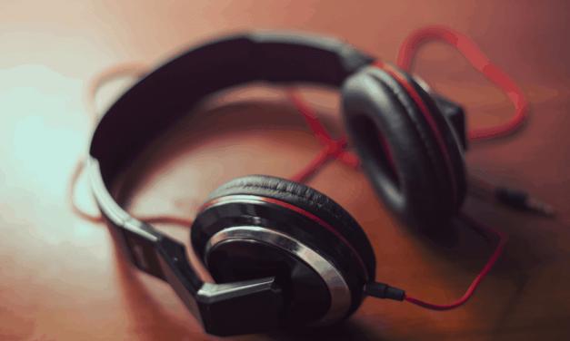 Top 3 Best Headphones with Mic Under 500